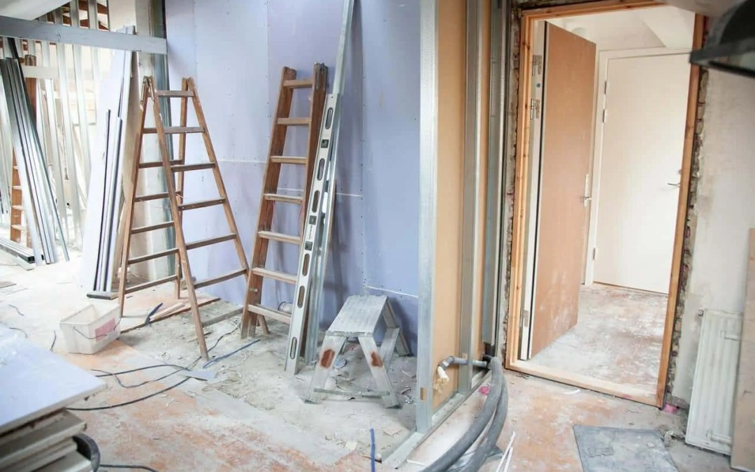 FIVE EFFICIENT STORAGE SOLUTIONS FOR LARGE-SCALE HOME IMPROVEMENTS