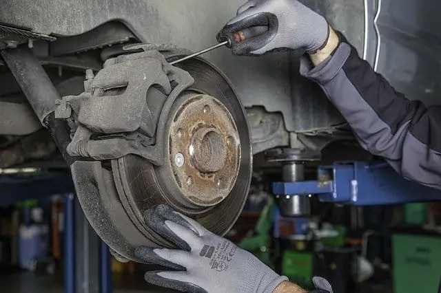 Signs It's Time To Change Your 2007 Honda Accord Brake Pads and Rotors