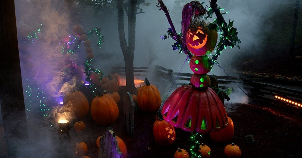 LumiNights features thousands of glowing pumpkins and hundreds of displays (photo by Daniel Munson/TheSmokies.com)