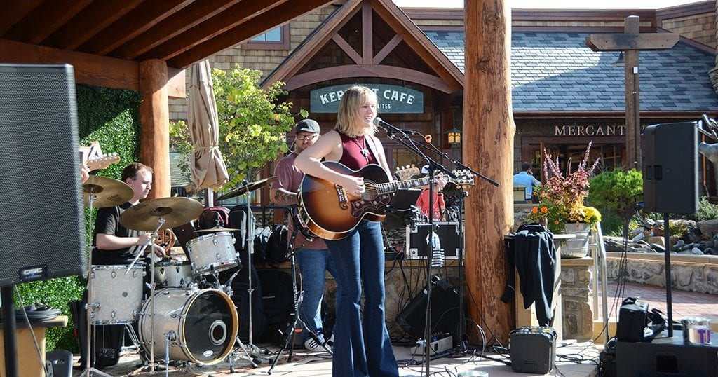Guests will now be able to enjoy live music at Anakeesta at the new bandstand in Black Bear Village (photo by Daniel Munson/TheSmokies.com)