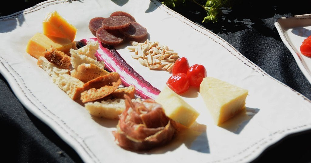 A sample meat and cheese plate (photo by Daniel Munson/TheSmokies.com)
