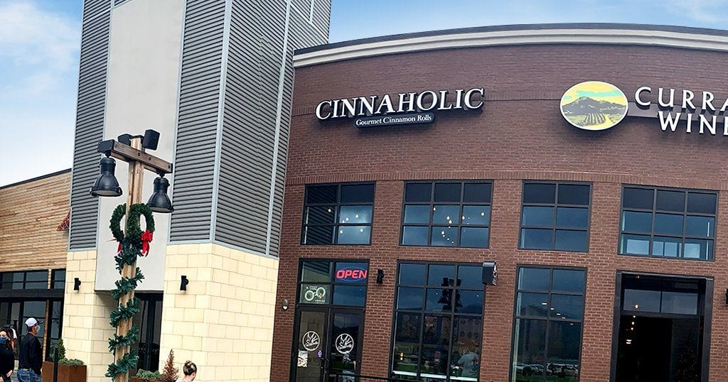 Cinnaholic in Pigeon Forge