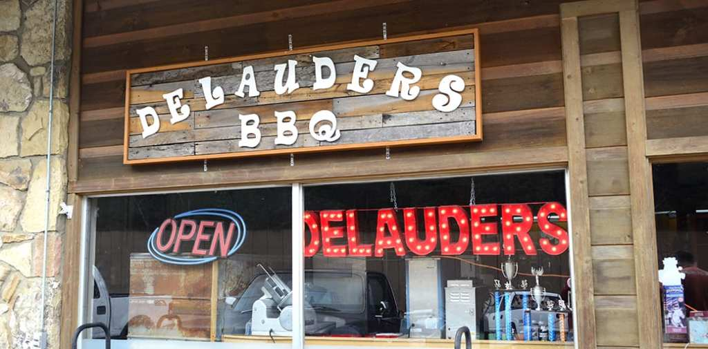 Delauders BBQ is the local favorite when it comes to barbeque (photo by Daniel Munson/TheSmokies.com)