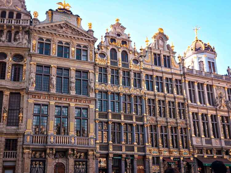 One day in Brussels: from heavenly chocolate to dazzling architecture