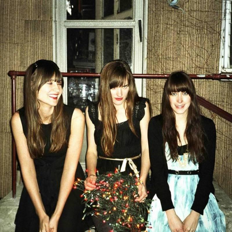Au Revoir Simone band publicity photo