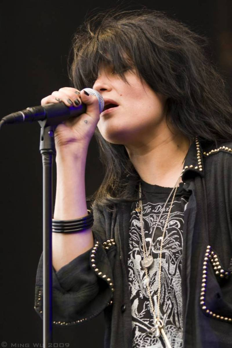 Alison Mosshart with The Dead Weather at the Ottawa Bluesfest photo