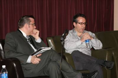 Richard Crouse interviewing Defendor director Nicholas Tabarrok at the Victoria Film Festival. Jason Whyte photo