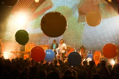 The Flaming Lips at the Burton Cummings Theatre, Winnipeg, Sept 21 2010. Steph Willer photo