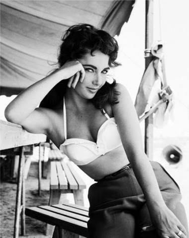 Elizabeth Taylor on the set of Giant in 1961.