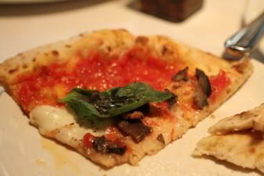The funghi pizza at Nicli Antica Pizzeria. Robyn Hanson photo