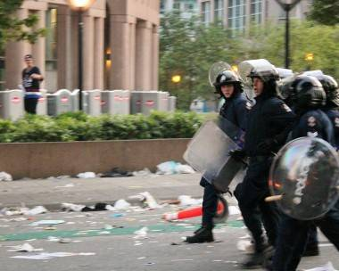 Vancouver hockey riot June 15. Photo by Ryan West.