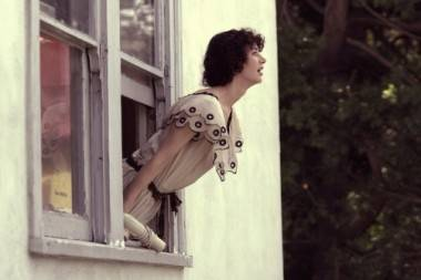 Miranda July in a scene from The Future (2011).