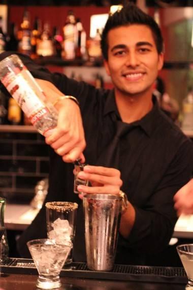Dunn's Famous restaurant opening bartender photo