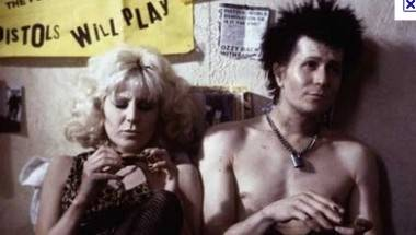 Chloe Webb and Gary Oldman in Sid and Nancy