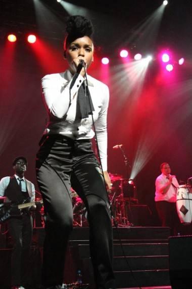 concert photo - Janelle Monae