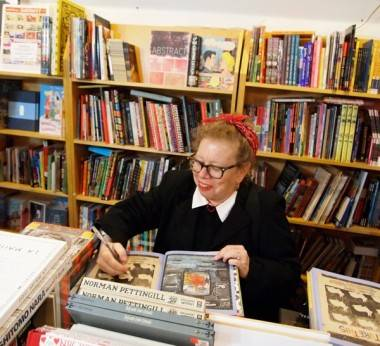 Lynda Barry book signing