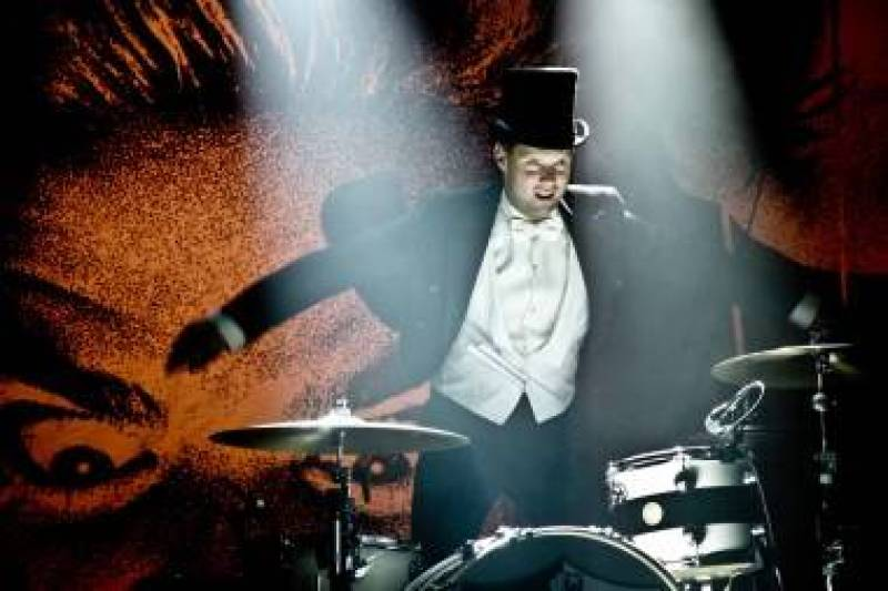 Howlin' Pelle Almqvist with The Hives in Vancouver