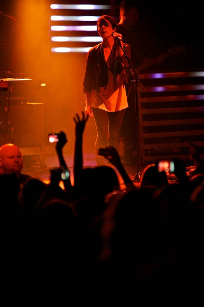 Tegan and Sara concert photo