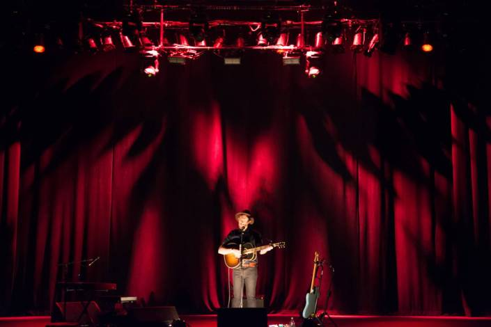 James Vincent McMorrow at the Vogue Theatre, Vancouver, Feb. 26 2015. Pavel Boiko photo.