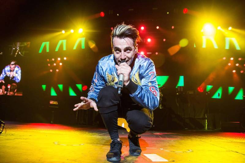 Hedley at Rogers Arena, Vancouver, May 20 2016. Pavel Boiko photo.
