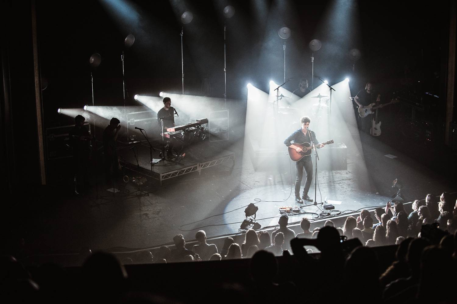 Vance Joy at the Vogue Theatre, Vancouver, Sept 27 2017. Pavel Boiko photo.