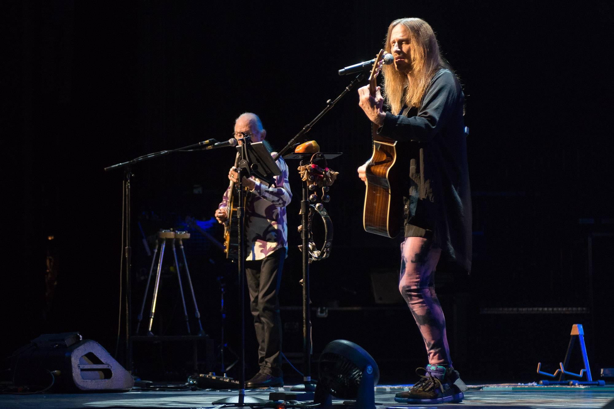 Yes at the Queen Elizabeth Theatre, Vancouver, Sept 5 2017. Jessica Vandergulik photo.