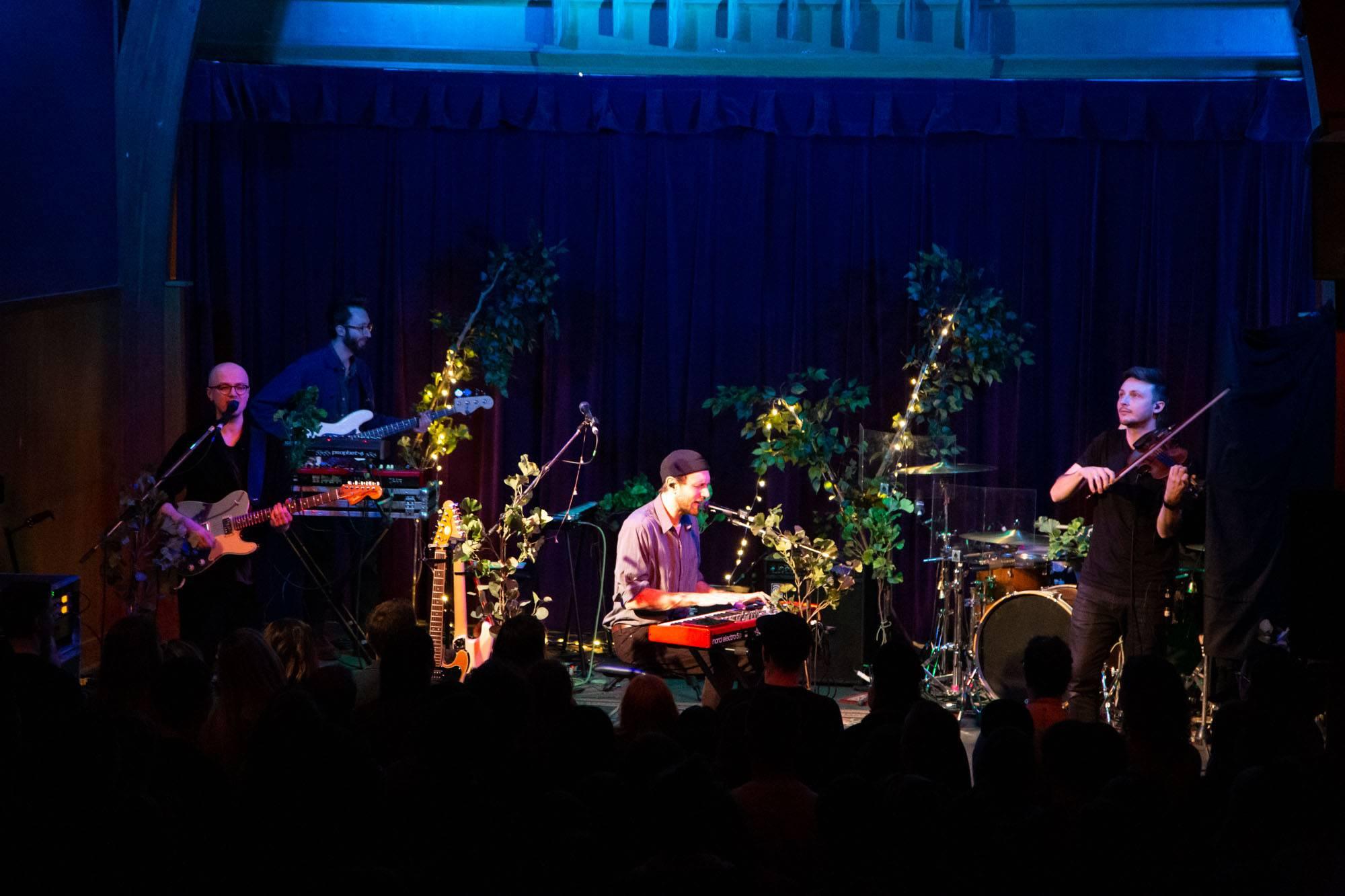 Novo Amor at St. James Hall, Vancouver, Nov 30 2018. Kirk Chantraine photo.