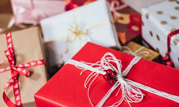 5 Tips to Make Your Retail Holiday Sales Something to Celebrate
