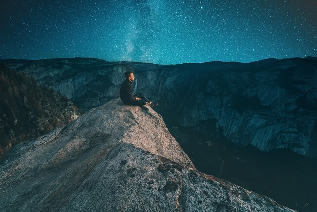 116 Surprisingly Deep Quotes [Full of Mind-Bending Thoughts]