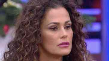 """Samantha De Grenet indignata sui social, l'atto d'accusa della showgirl: """"I colpevoli devono pagare"""""""