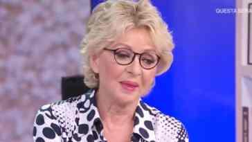Enrica Bonaccorti, incidente in vacanza per la conduttrice, necessario l'intervento: le sue condizioni