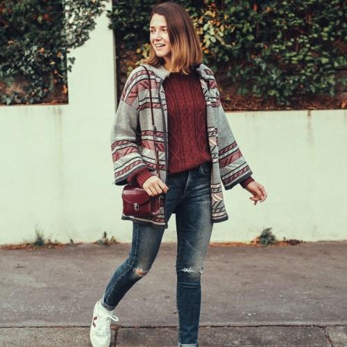 ARMEDANGELS Cardigan Grüne Erde Pullover Agolde Jeans Sneakers von Veja Fair Fashion Herbstoutfit 3 Dinge, die Du in Wien im Herbst tun solltest