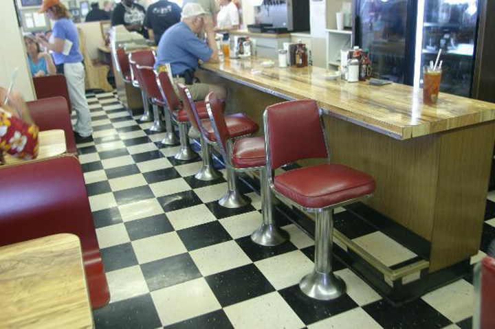 The inside of McClards Bar-B-Q.