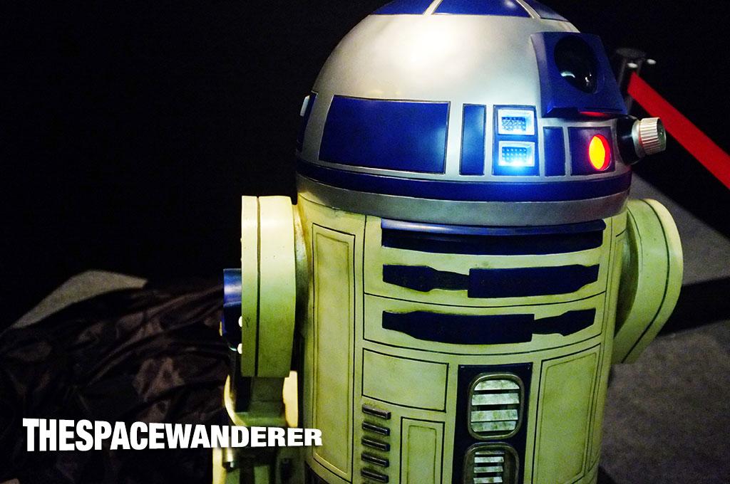 Star-Wars-Day-Jakarta-2014-02-r2d2