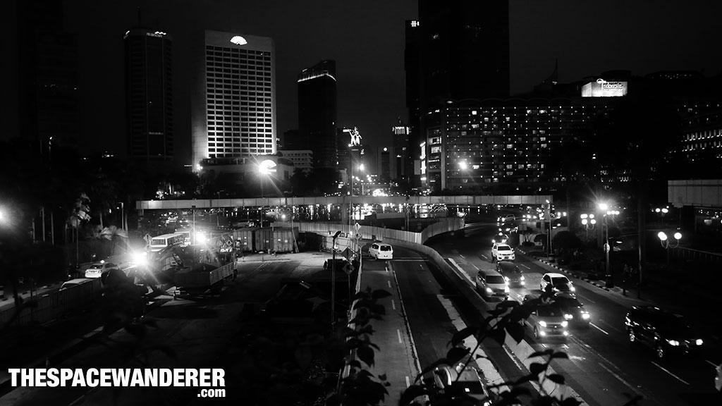 Bundaran Hotel Indonesia saat malam. 2 Agustus 2014