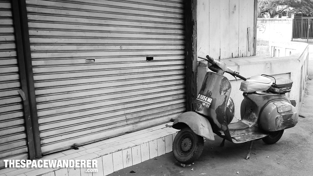 Old Vespa Jalan Surabaya 1 Agustus 2014
