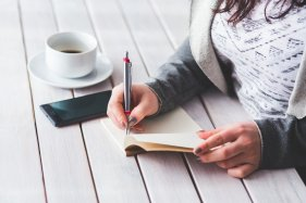 keeping track of anxiety with a notebook can be helpful