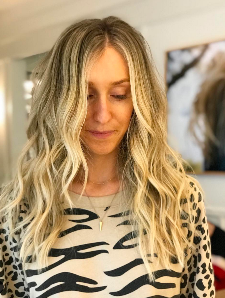 Long Layed loose Blond Waves