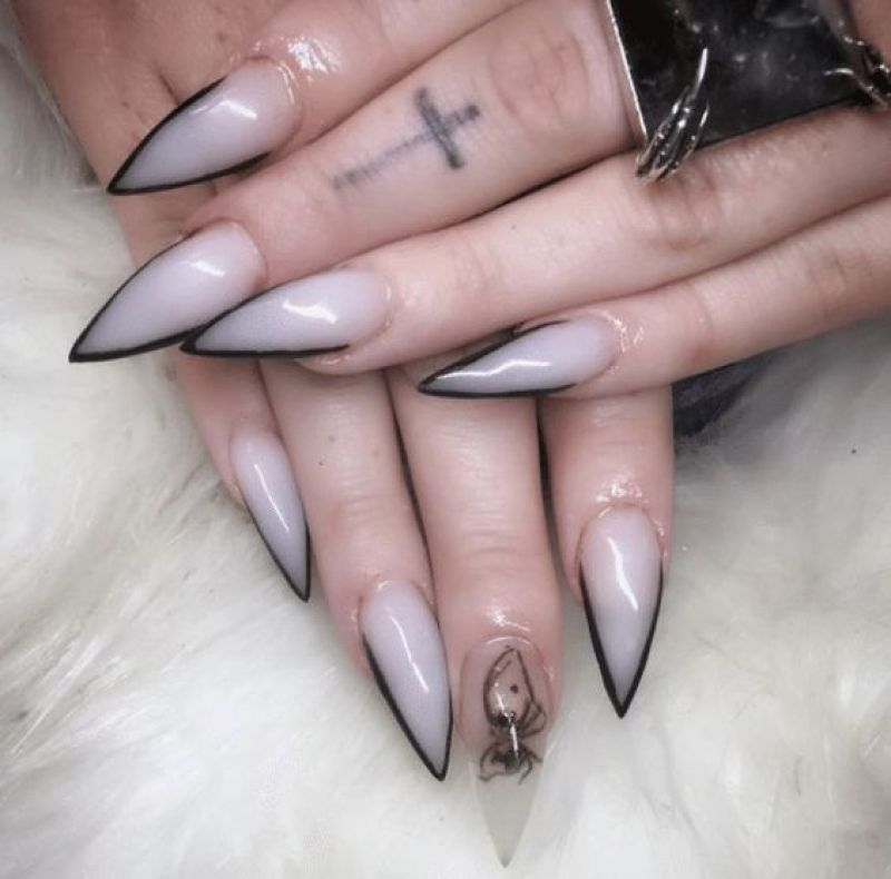 Gangrene nails
