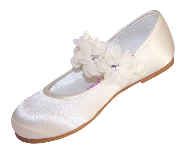 Infants ivory satin flower girl, bridesmaid and ballerina shoes-4200