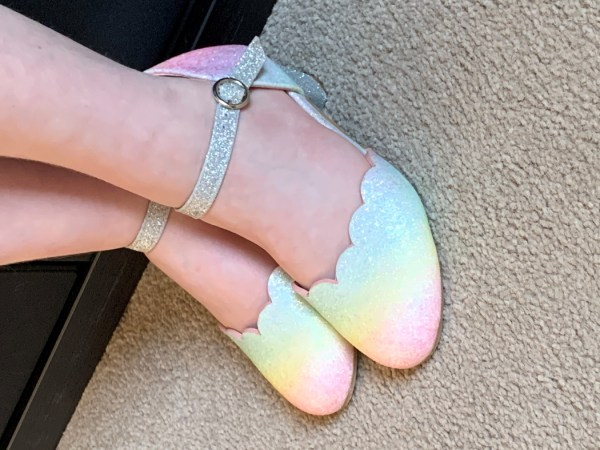 Girls pastel rainbow colours sparkly low heeled shoes -6135