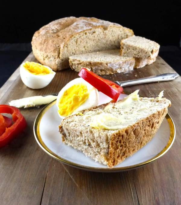 picture of spelt soda bread with eggs and red pepper