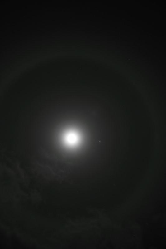 Halo around the moon and Jupiter