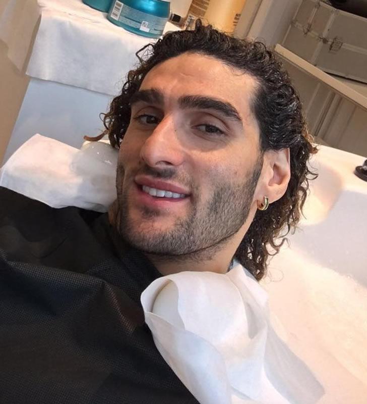 Photo Man United Star Marouane Fellaini Shows Off New Haircut