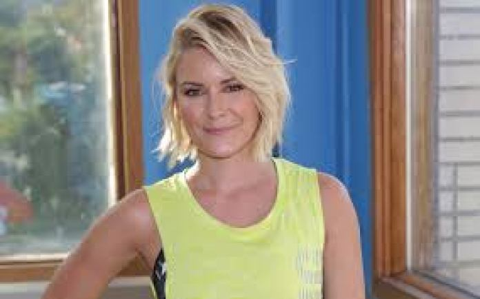 Broadcaster Renee Young confirms exit from WWE - THE SPORTS ROOM