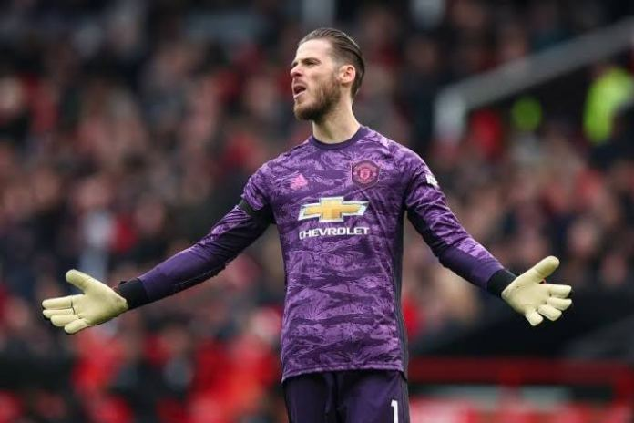 Manchester United eyeing a club legend's son as de Gea replacement! - THE SPORTS ROOM