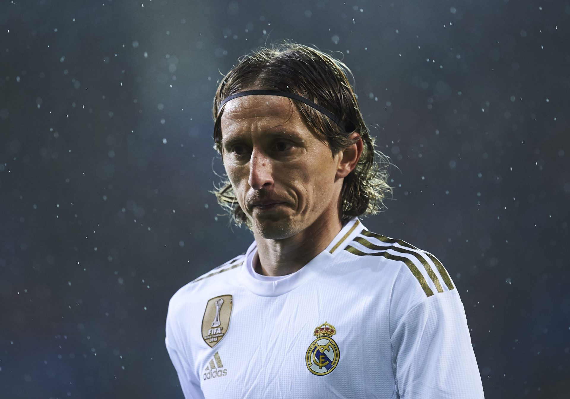 Luka Modrić, and a war-torn childhood of alarms and bombs - THE SPORTS ROOM