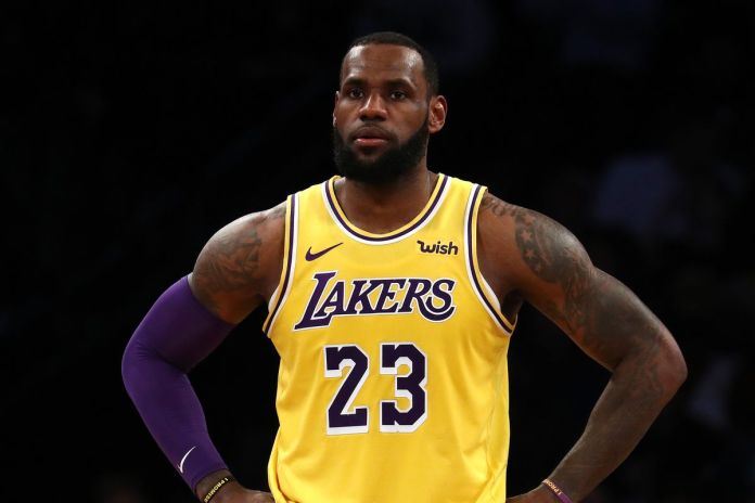 Kareem Abdul-Jabbar rooting for LeBron James to go past his points tally
