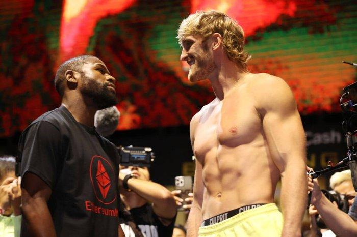 Floyd Mayweather Jr vs Logan Paul: Eight round exhibition fight generates over 1 million PPV - Mayweather