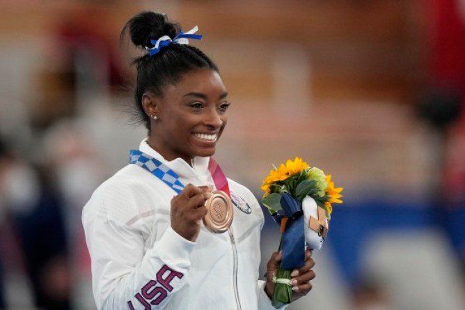 2021 Tokyo Olympics: American gymnast Simone Biles battles anxiety to seize bronze at the Games